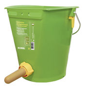 Calf feeding bucket with hygienic valve